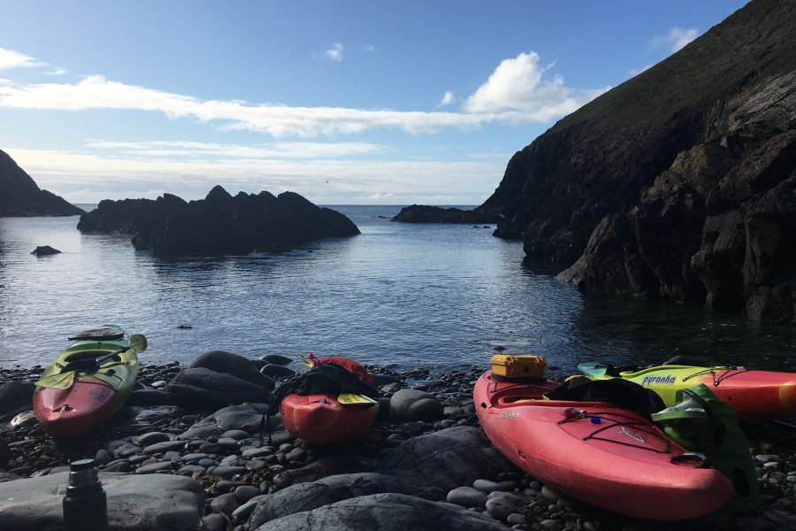 Sea kayaking in Pembrokeshire, Pembrokeshire coast kayaking trips