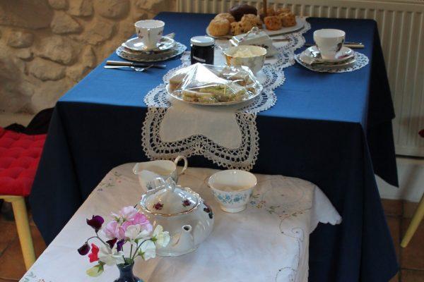 Afternoon tea, afternoon tea party, afternoon tea delivered